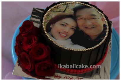 IKA Bali Anniversarry Cake with Red Roses and Edible Picture