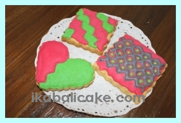 Customized Christmas Heart Cookies