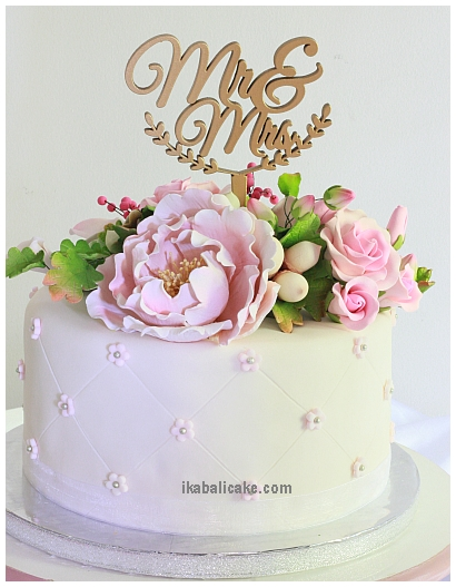 IKA Bali Wedding Cake One Tier