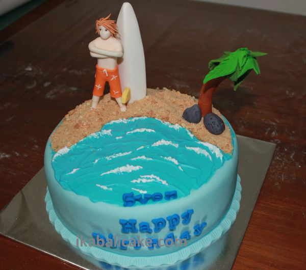 Surfer Cake Bali